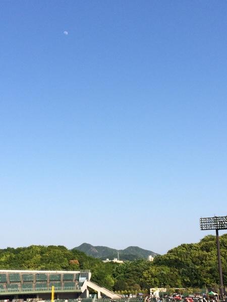 プロ野球と月と空のイイ関係【宙ガール的、ほっともっとフィールド神戸の堪能雑記】