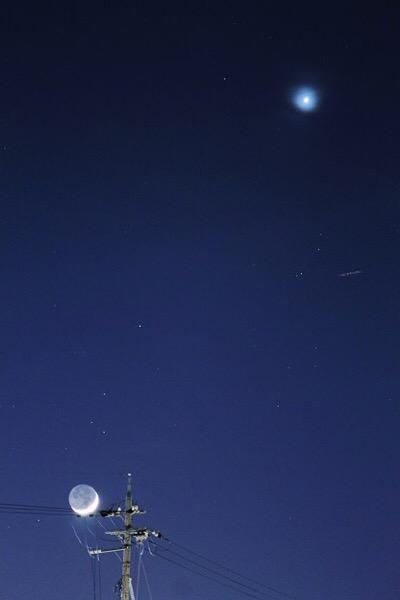 三日月と金星に出会う夜…ときどきISS 【2015年4月22日 月、金星、ISS】