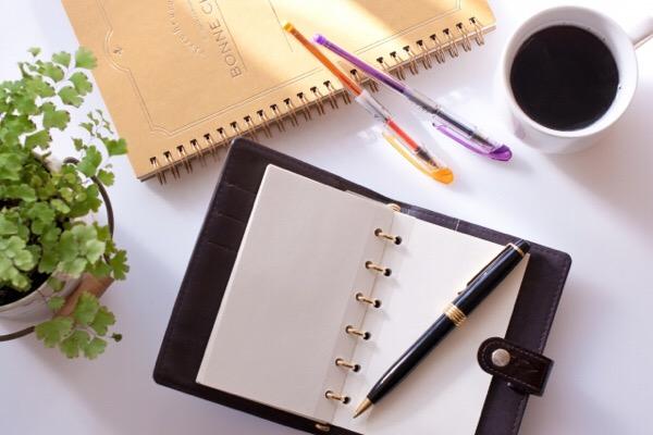 【質問にお答えします】ブログはいつ書いてるの?空はいつ見上げてるの?
