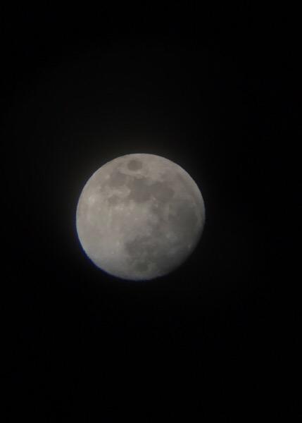 なぜこんなキレイな月の写真がスマホで撮影できるのか?!【コルキットスピカ活用術】