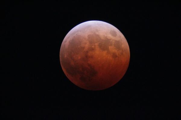 赤い月と青い天王星が撮れたよ!【2014年10月8日 皆既月食 観望&写真レポ】