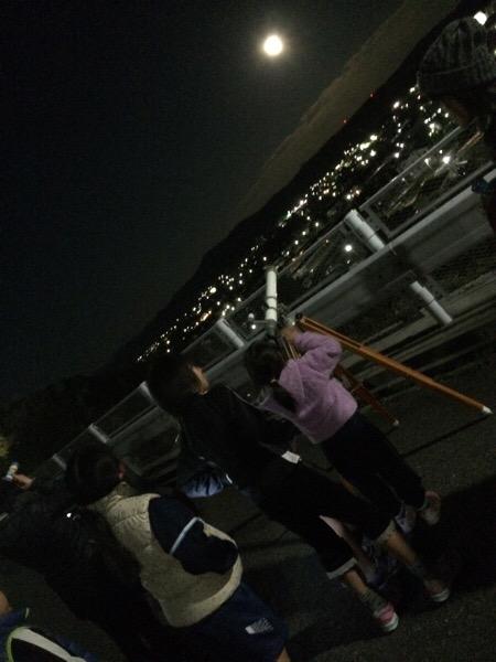 子供と望遠鏡とお月見と。
